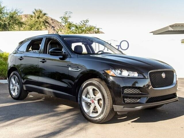 2017 Jaguar F-Pace (Ebony/Jet/Light Oyster Stitch)