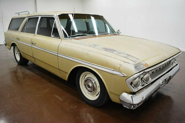 1963 AMC Rambler Wagon (Gold/Gold)
