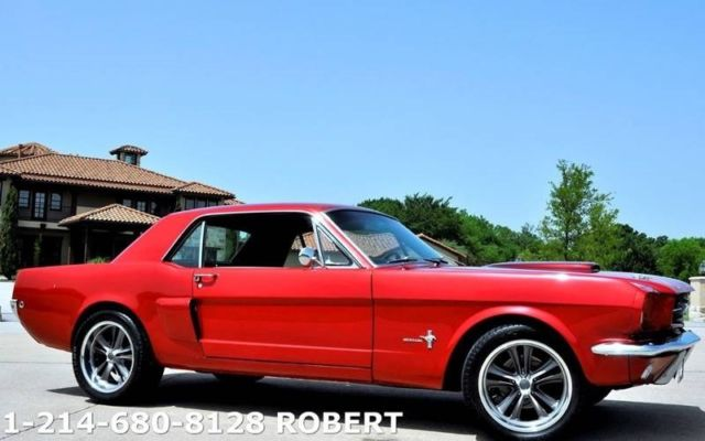 1965 Ford Mustang (Red/Black)