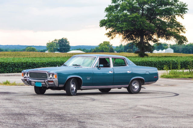 1971 AMC Ambassador (Blue/Black)