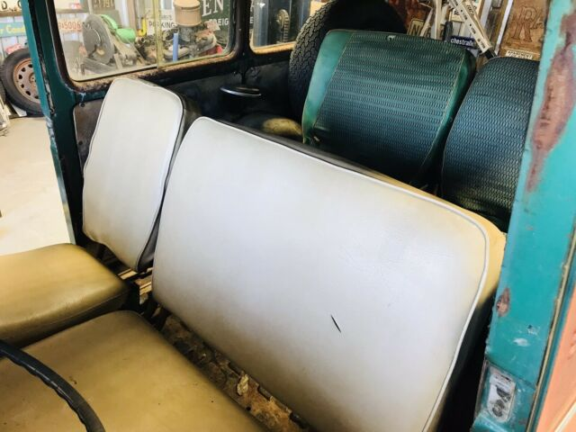 Seller of Classic Cars - 1957 Willys Station Wagon (Green/Green)