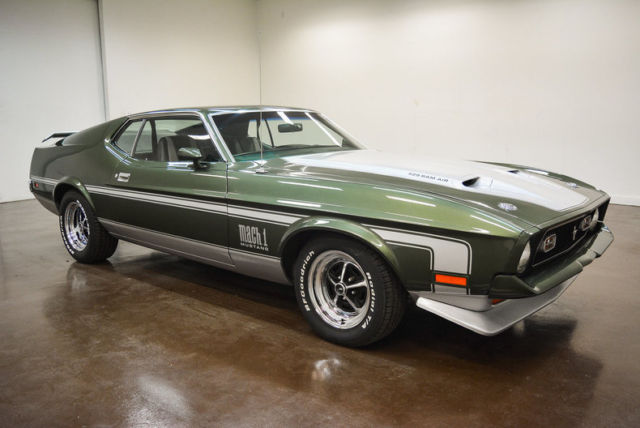 1971 Ford Mustang (Green/Black)
