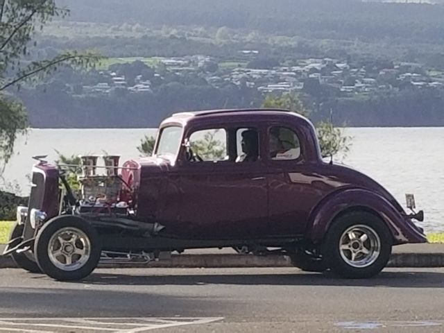 1934 Chevrolet Classic (Purple/Black)