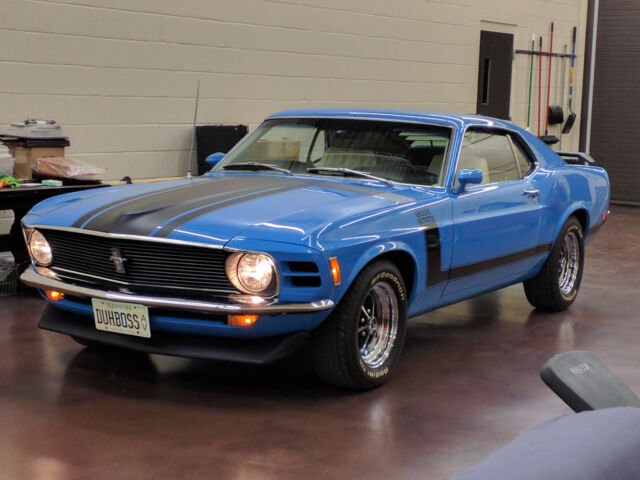 1970 Ford Mustang (Grabber Blue/White)