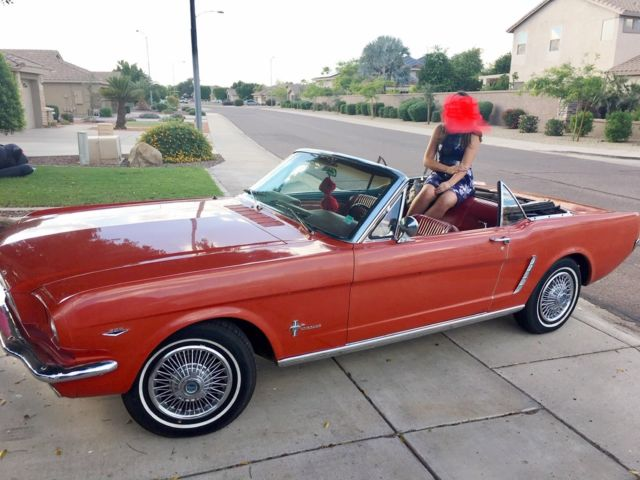 1965 Ford Mustang (Red/Red/Black)