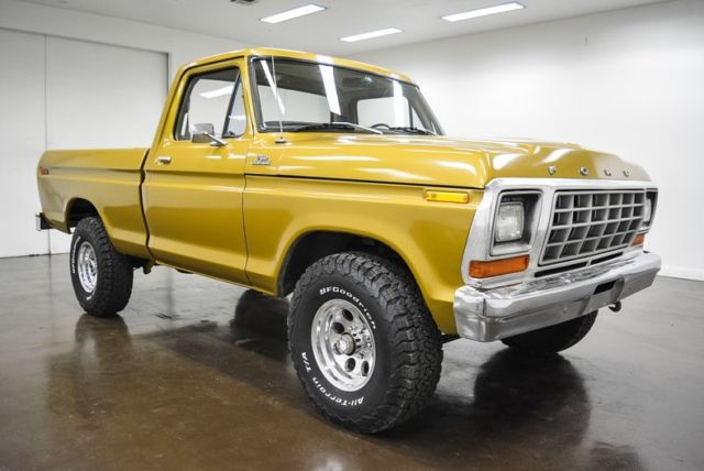 1979 Ford F-150 (Gold/Tan)