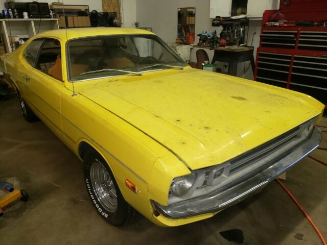1972 Dodge Dart (Yellow/Green)