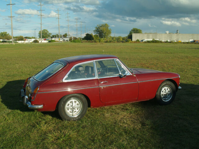 1970 MG MGB (Burgundy/Black)