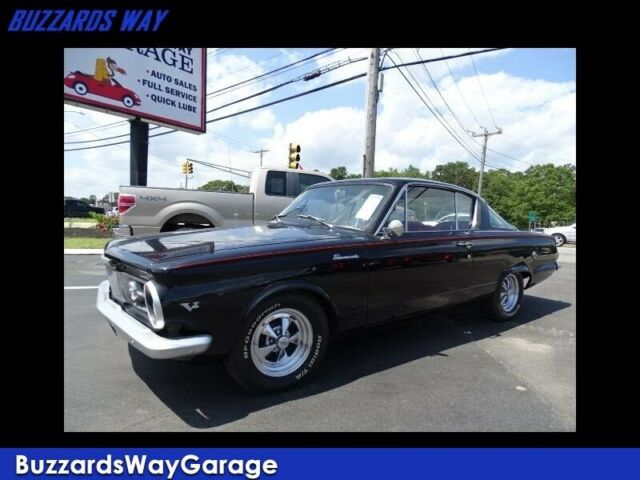 1965 Plymouth Barracuda (Black/Red)