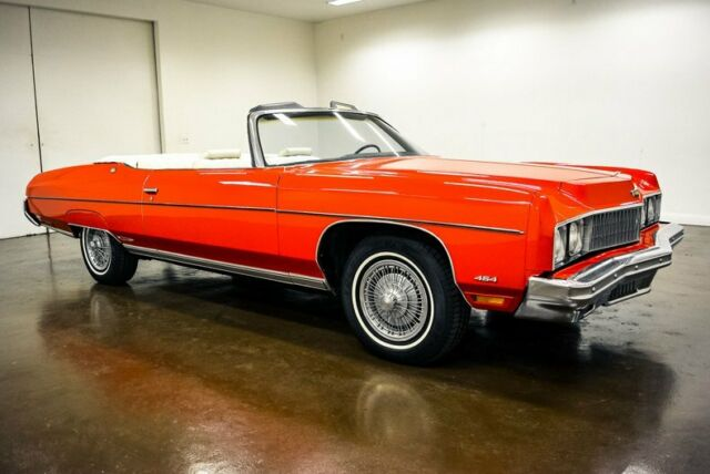 1973 Chevrolet Caprice (Red/White)