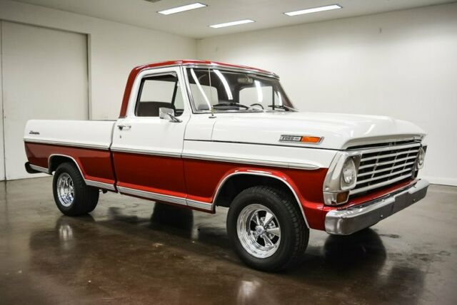 1968 Ford F-100 (Red/Red)