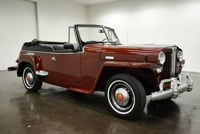 1949 Willys Jeepster (Maroon/--)