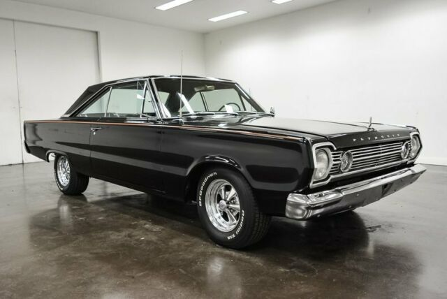1966 Plymouth Satellite (Black/Black)