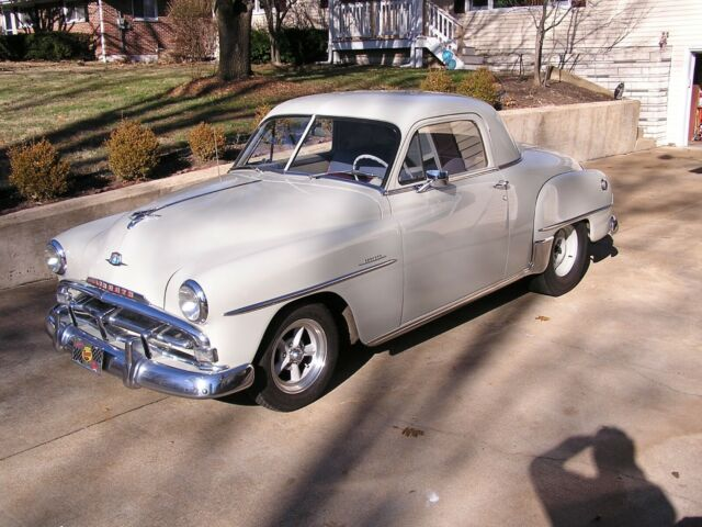 1951 Plymouth Concord (Gray/Burgundy)