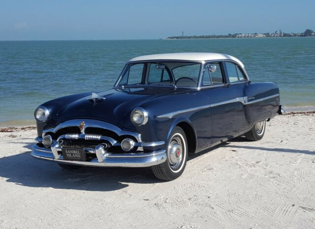 1953 Packard Clipper (Blue/Blue)