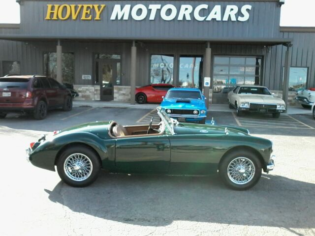 1959 MG MGA (Green/Tan)