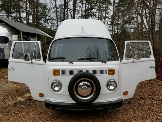 1975 Volkswagen Bus/Vanagon (Black/--)