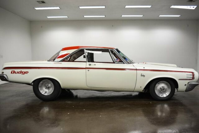 1964 Dodge Polara (Red/Red)