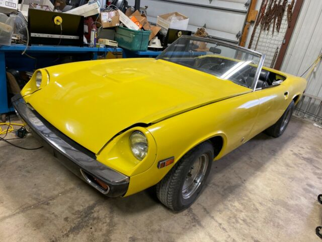 1974 Jensen Healey 2-seater sports car (Yellow/Black)
