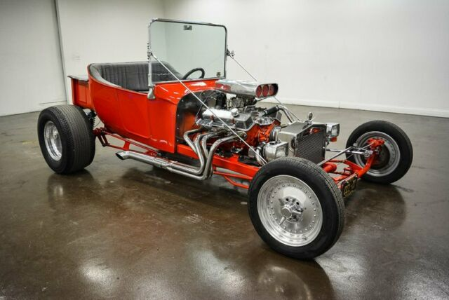 1923 Ford T-Bucket (Red/Gray)