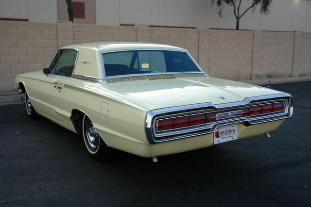 1966 Ford Thunderbird (Yellow/Black)