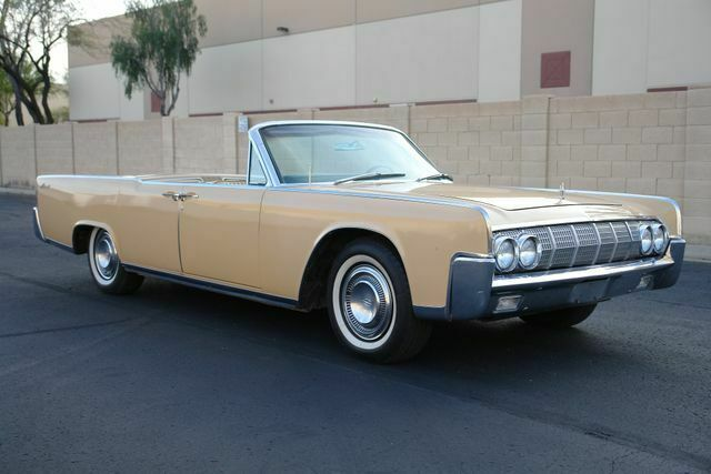 1964 Lincoln Continental (Tan/Tan)