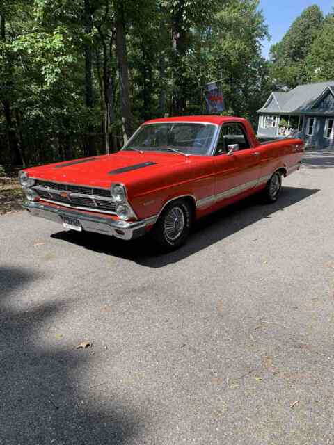 1967 Ford Ranchero (Red/Black)