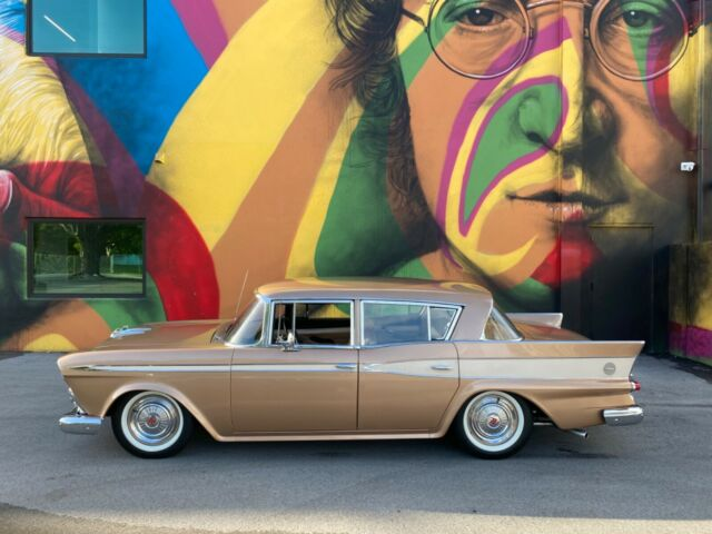 1959 Nash Rambler (Brown/Brown)
