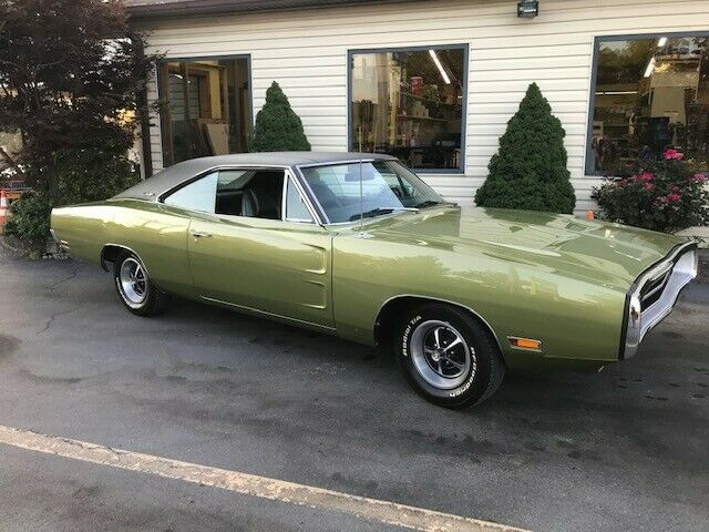 1970 Dodge Charger (Green/Green)