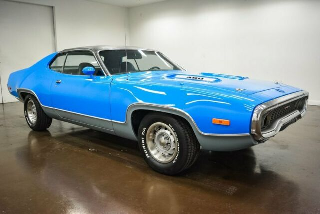 1972 Plymouth Satellite (Blue/Black)