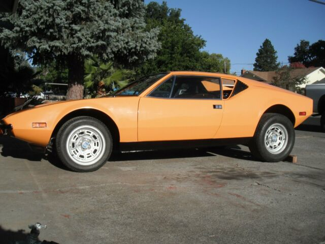 1972 De Tomaso Pantera (Orange/Black)