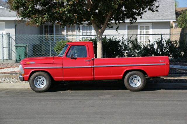 1970 Ford F-100 (Red/Red)