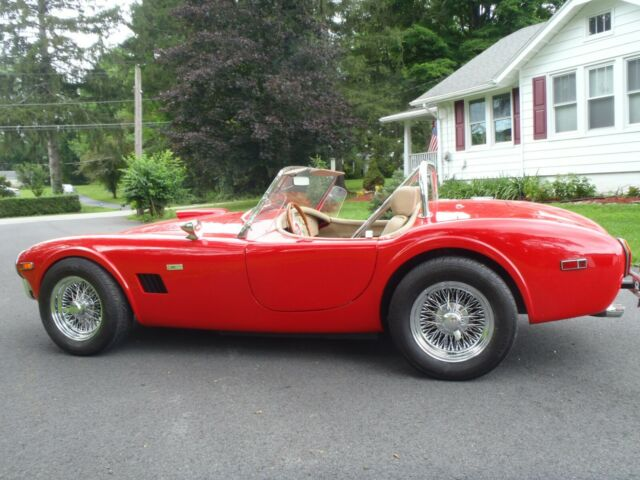 1963 Shelby Cobra (Red/Tan)