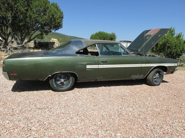 1970 Plymouth GTX (dark green metallic - EF8/Green- P6F8)