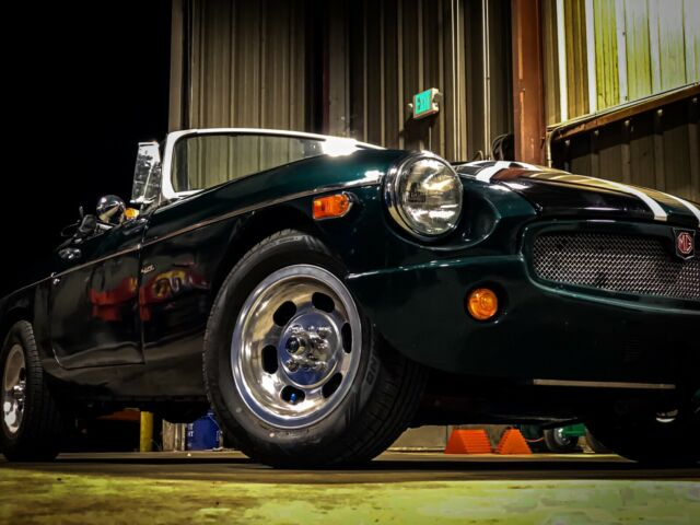 1979 MG MGB (Green/Gray)