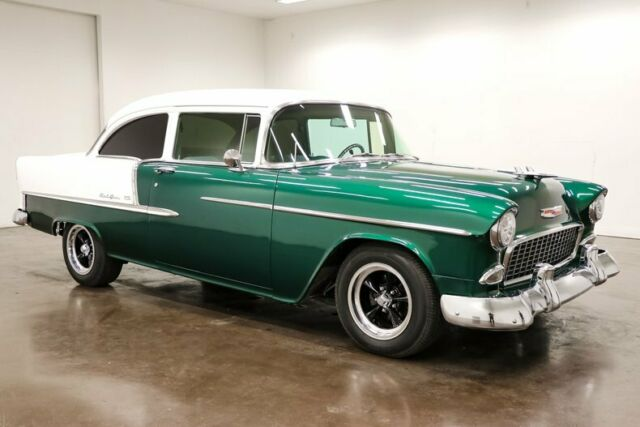 1955 Chevrolet Bel Air/150/210 (Green/Gray)