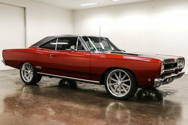 1968 Plymouth GTX (Maroon/Black)