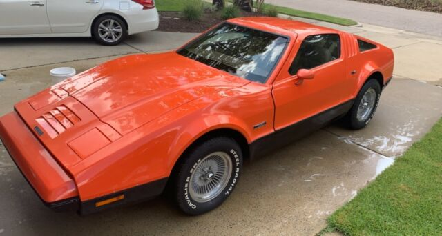 1975 Bricklin Bronco (Red/Brown)