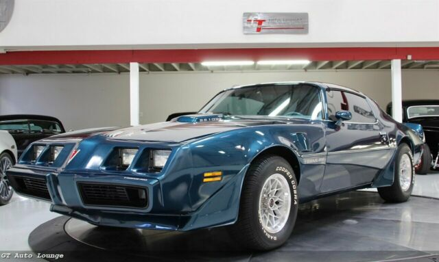 1979 Pontiac Trans Am (Blue/Blue)