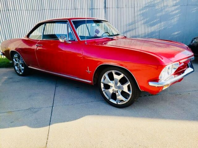 1966 Chevrolet Corvair (Red/Black)
