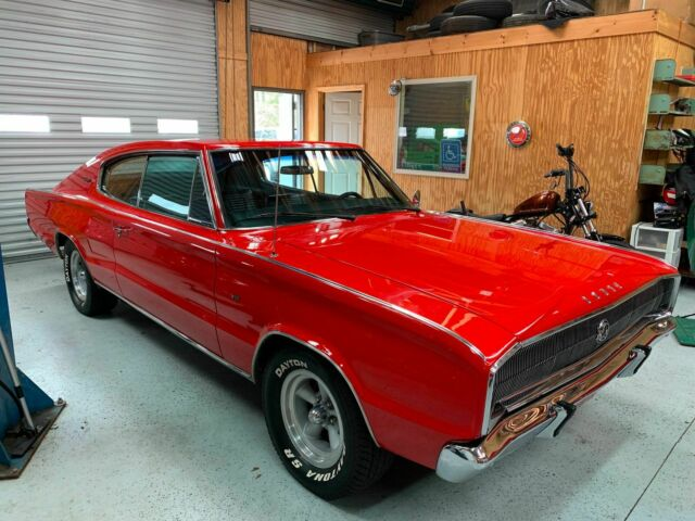 1966 Dodge Charger (Red/Black)