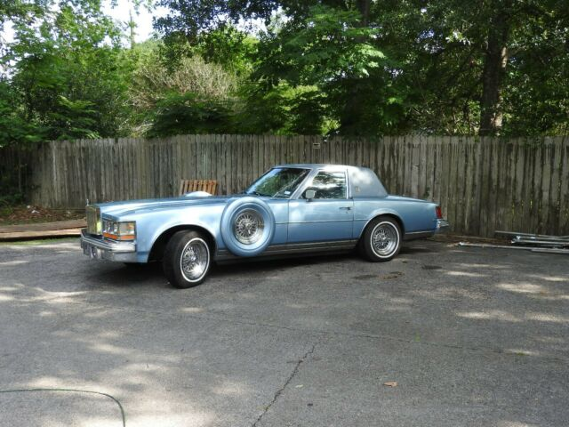 1979 Cadillac Seville (Blue/Blue)