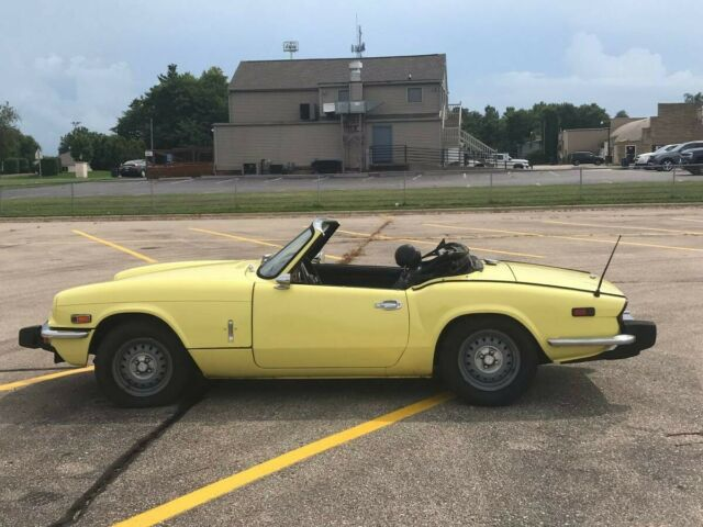 1975 Triumph Spitfire (Yellow/Black)