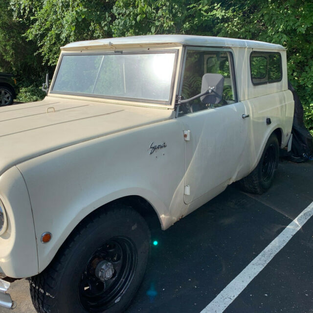 1962 International Harvester Scout (Tan/Tan)