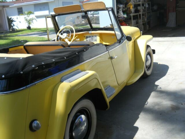 1948 Willys MGB (Yellow/Black)